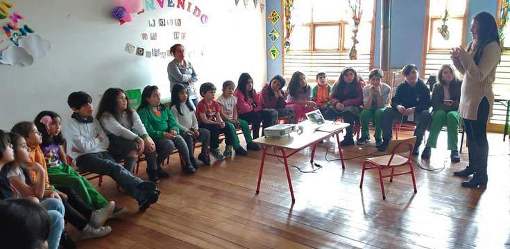 Feria científica en el colegio San Juan de Ancud